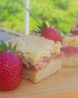 Strawberry & Rhubarb slice