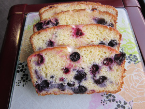 What's Baking: Blueberry Lemon Yogurt Loaf