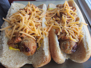 Italian Turkey Sausage Chili Dogs – and a Giveaway!!