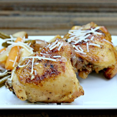 Slow Cooker Garlic Parmesan Chicken & Veggies