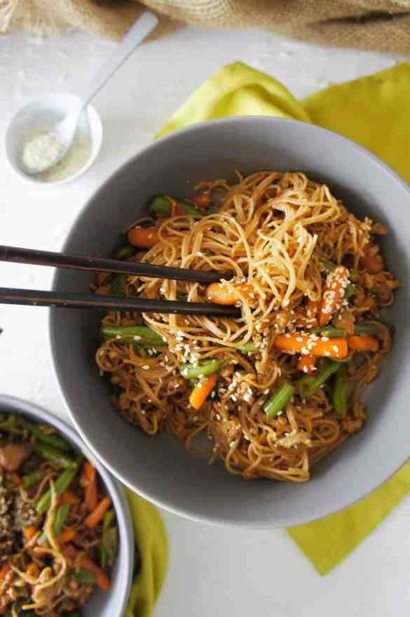Brown Rice Noodle Stiryfry - SCS 2