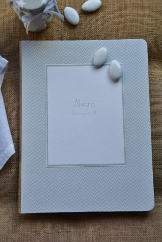 Libreta Mi Primera Comunión. 19x25cm. 20,90€.