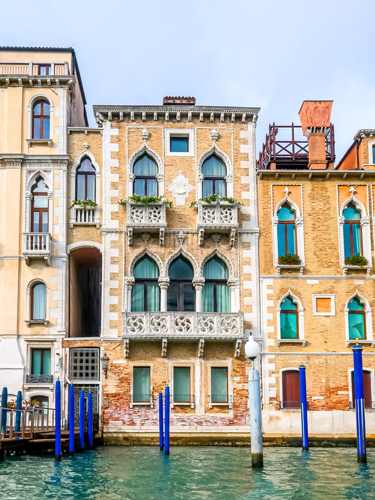 houses in venice on the grand canal