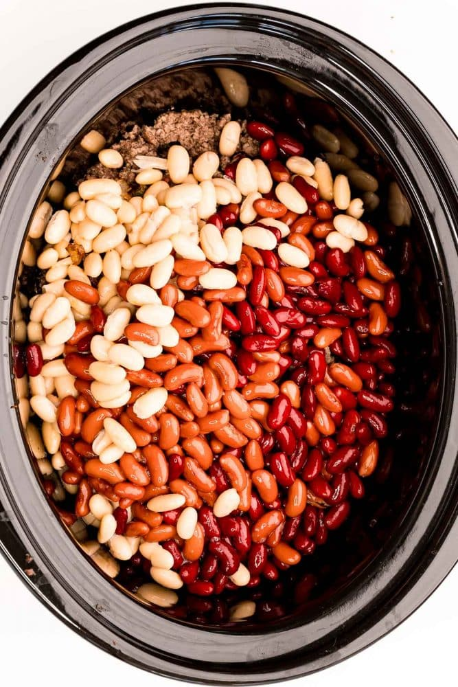 picture of beans in a slow cooker