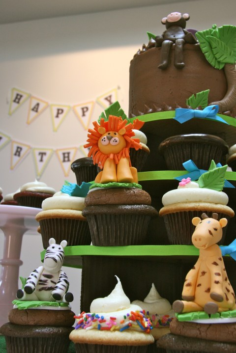 Jungle Cupcake Tower and Banner