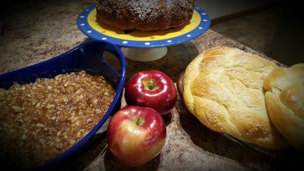 Apple Crisp, Apple Cake & Challah for Rosh Hashana