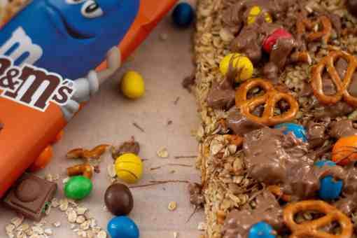 M&M Easy Crunchy Pretzel No-Bake Granola Bites