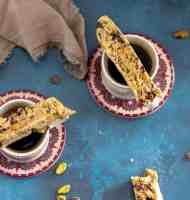 How to Make Easy and Delicious Vegan Biscotti