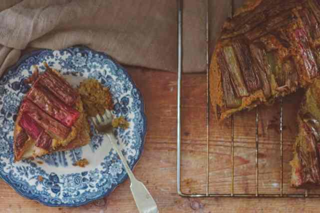 Easy Vegan Rhubarb Cake Recipe