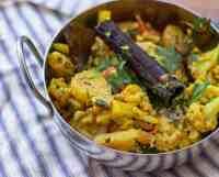 Vegan Cauliflower and Potato Curry Recipe
