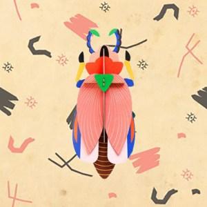 Décoration murale Giant Lady Beetle par studio ROOF.