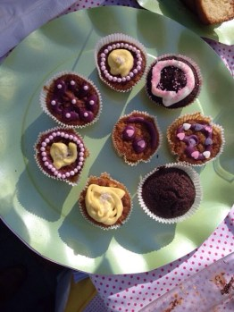 carrot and choco cupcakes
