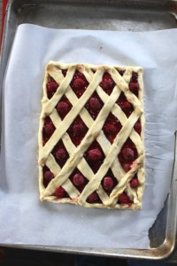 Creating a basket weave pattern on puff pastry