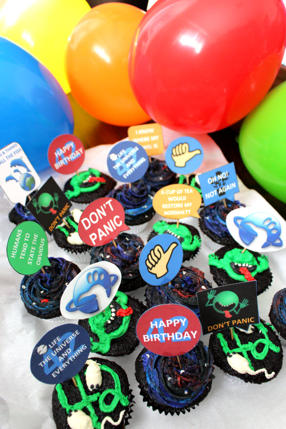 Hitchhikers Guide to the Galaxy Cupcakes by Sweetie Pie and Cupcakes