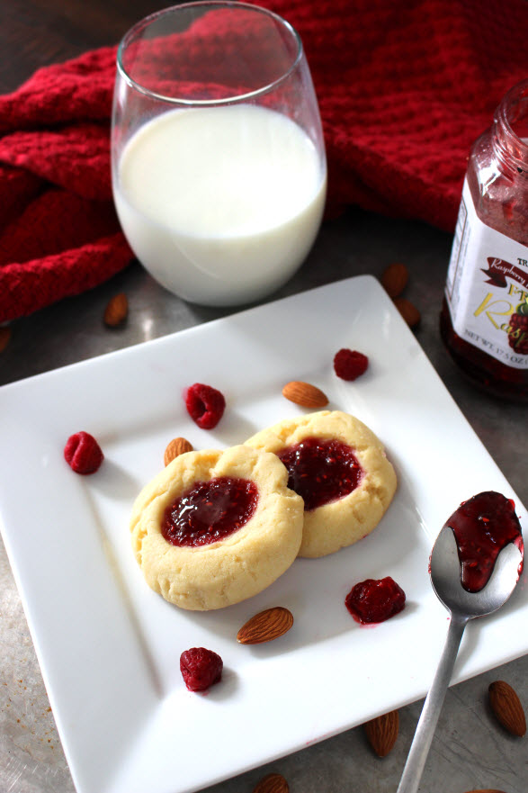 raspberry shortbread almond cookies