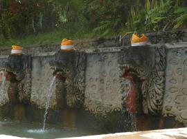 Sources d'eau chaude de Banjar