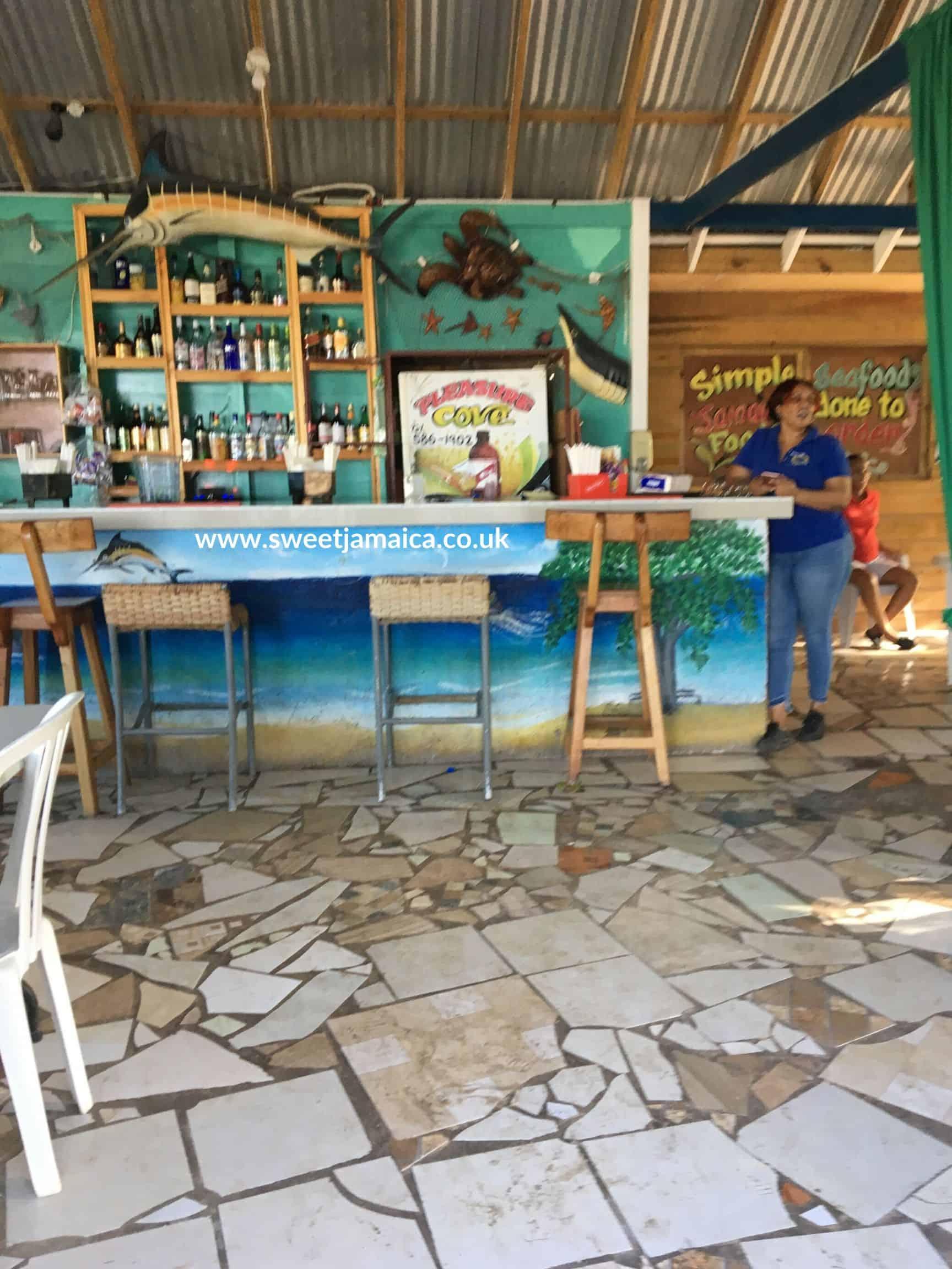 Restaurant and Bar Pleasure Cove