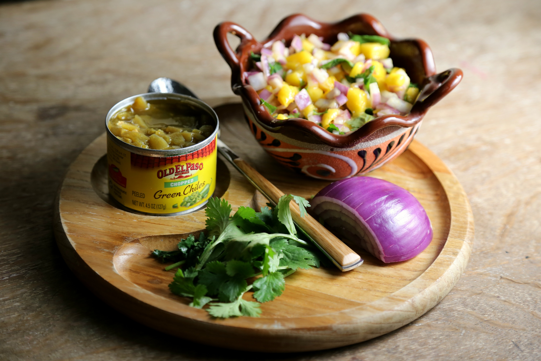 mango-salsa-VianneyRodriguez-sweetlifebake