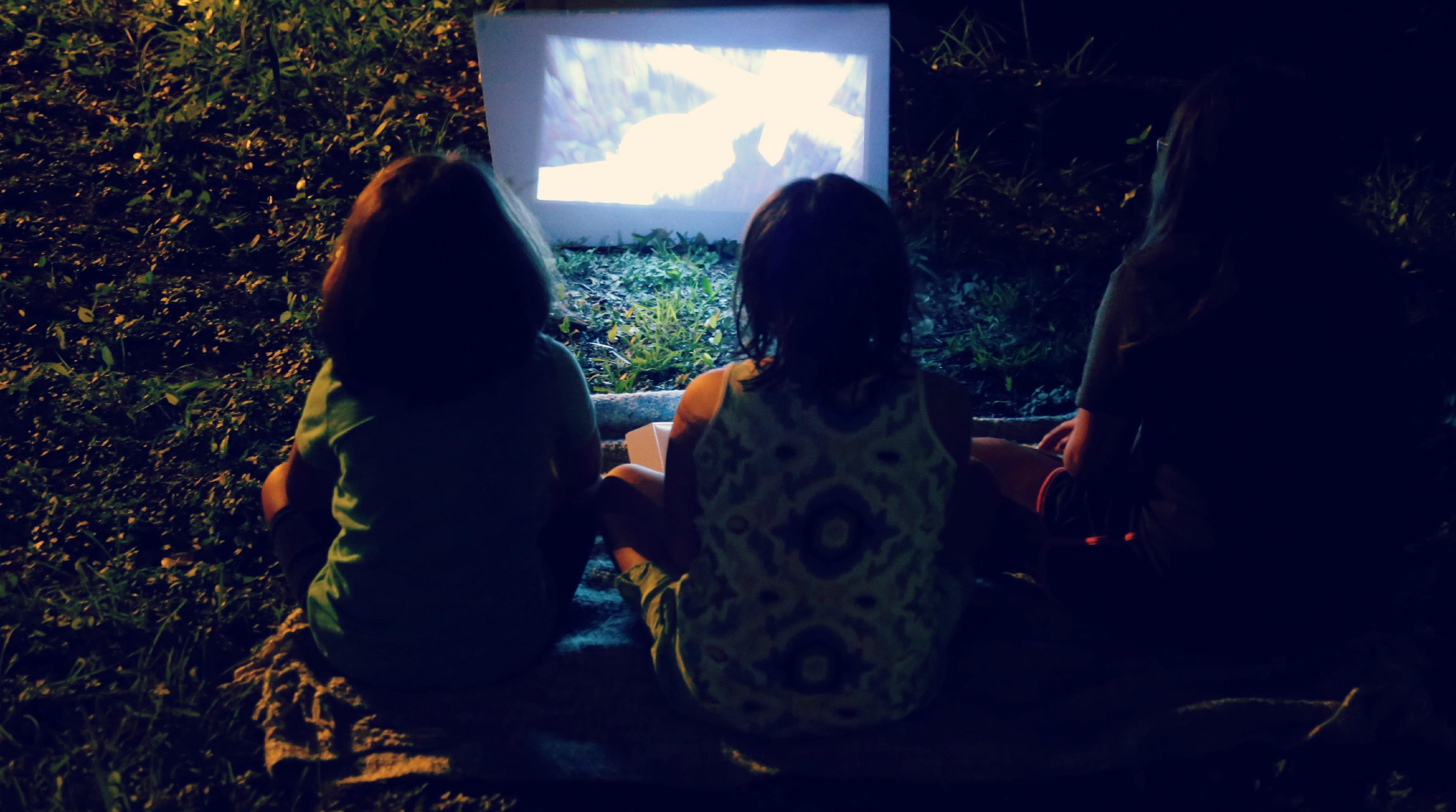ATT-movie-night-camping-vianneyrodriguez-sweetlifebake