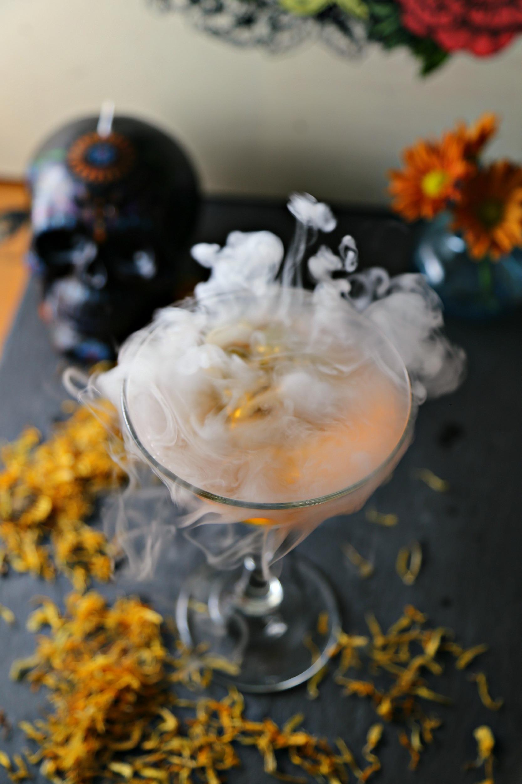 marigold-infused-vodka-marigold-martini-vianneyrodriguez-sweetlifebake