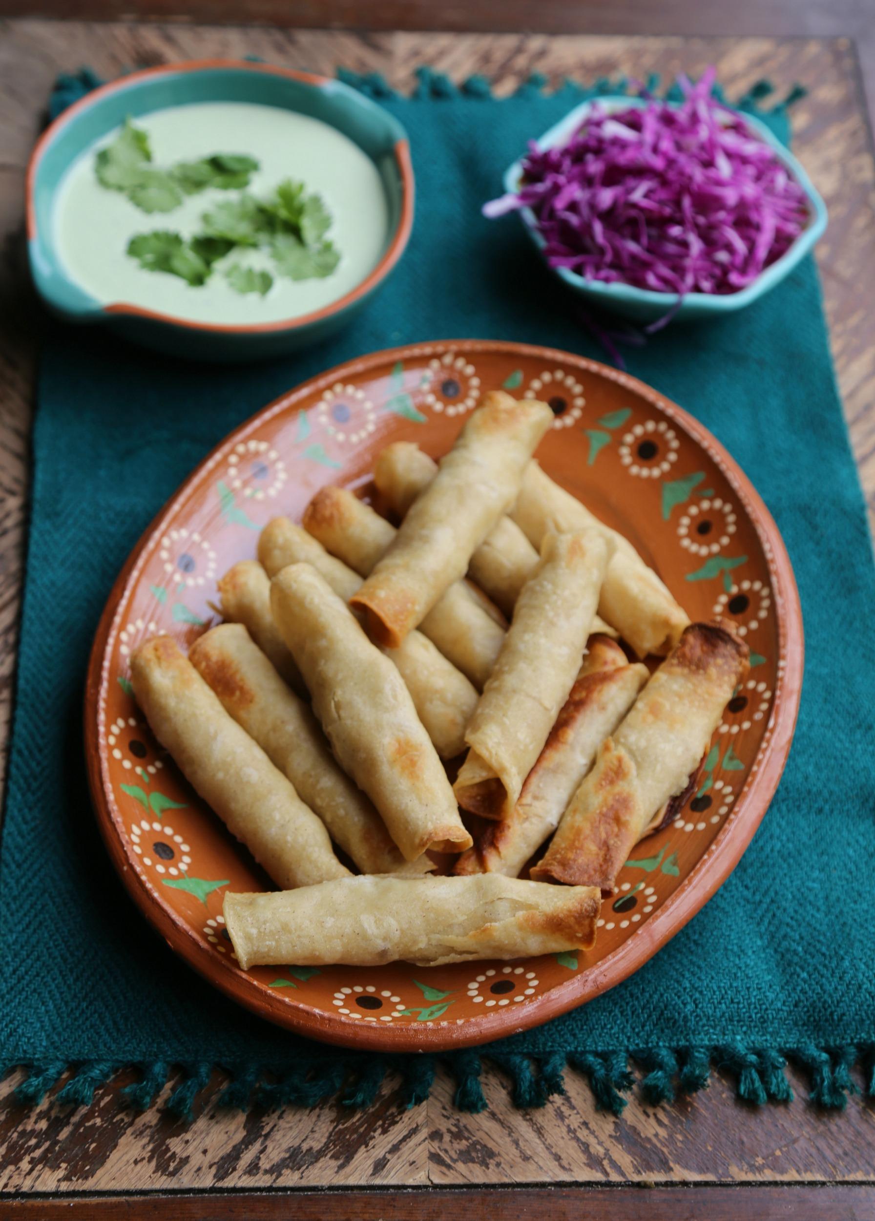 easy-baked-chicken-taquitos-vianneyrodriguez-sweetlifebake