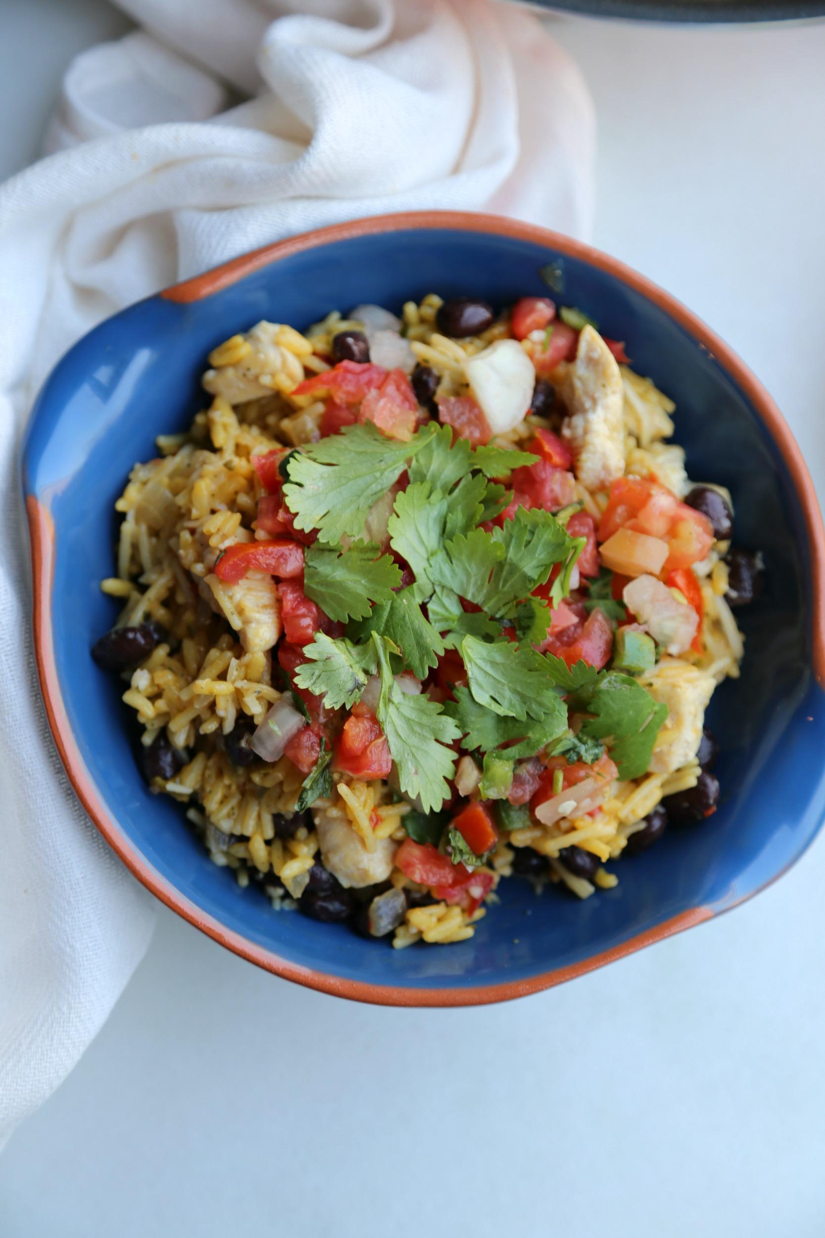 burrito-bowls-chicken-vianneyrodriguez-sweetlifebake
