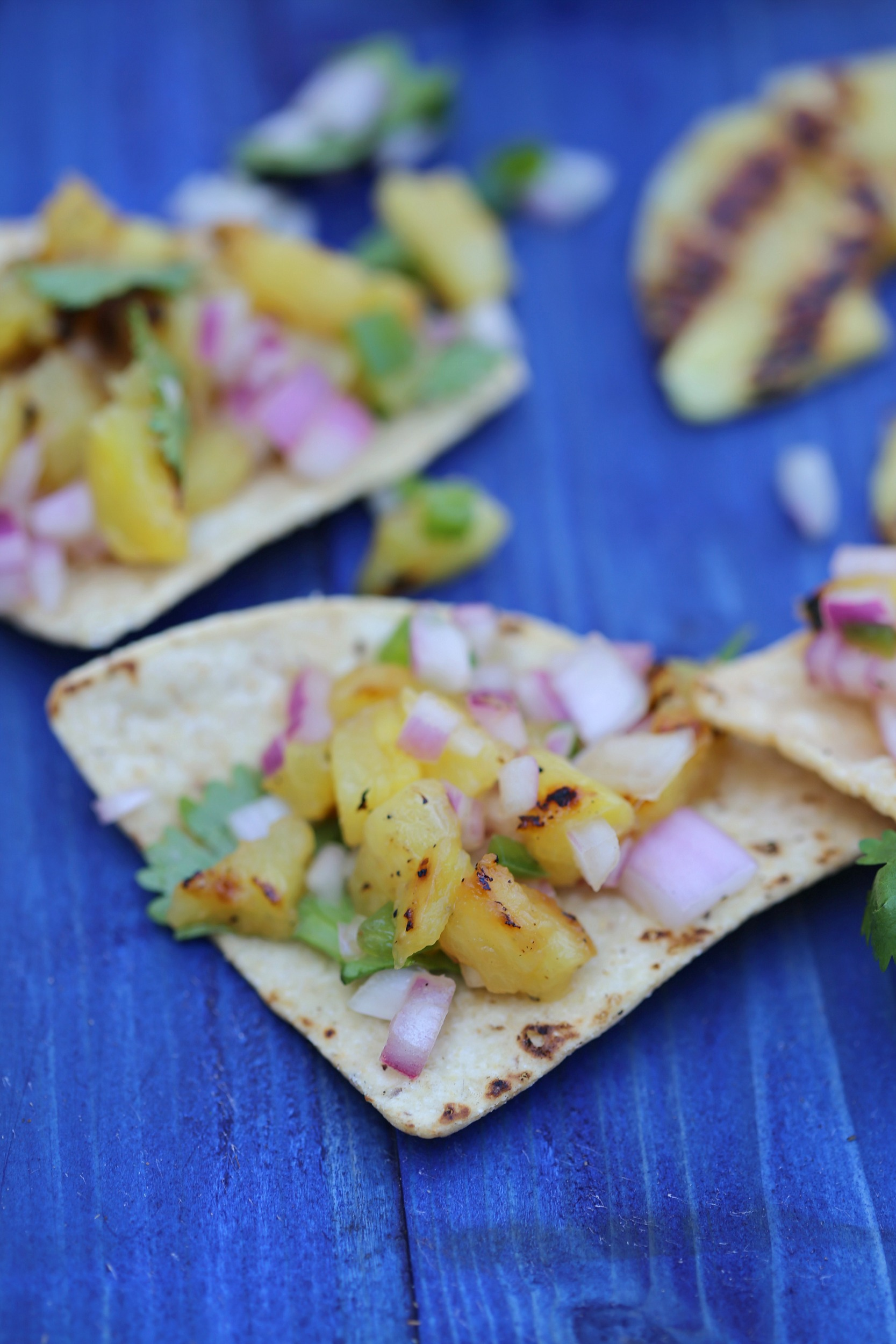 grilled-pineapple-salsa-jalapeno-vianneyrodriguez-sweetlifebake
