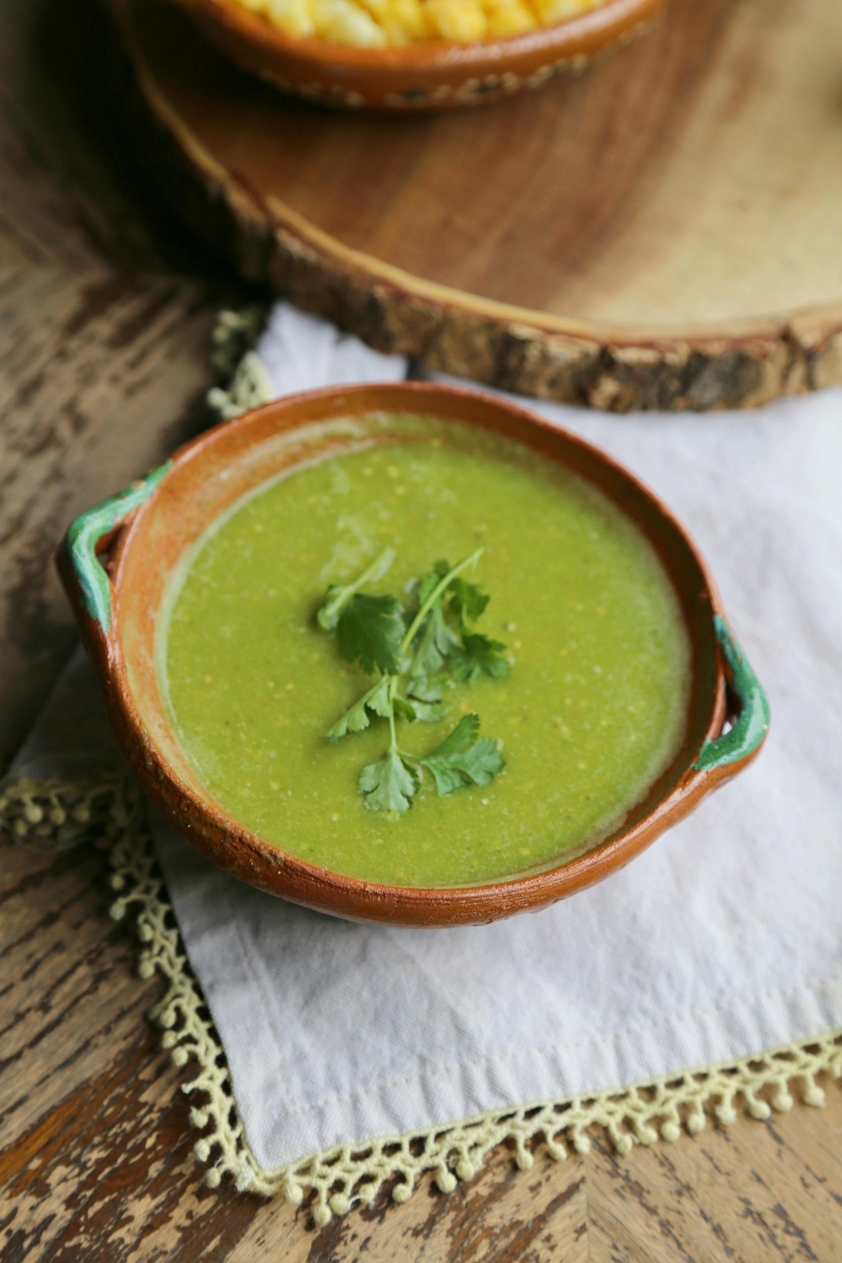easy-verde-sauce-vianneyrodriguez-sweetlifebake