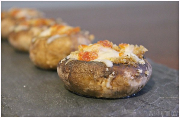Pepperoni Stuffed Mushrooms - Appetizer #PepItUp #ad