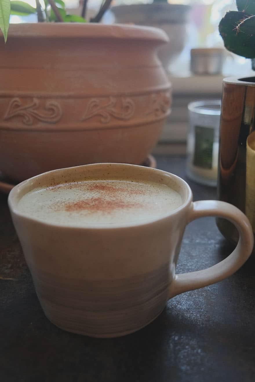 pistachio and pumpkin seed superfood milk