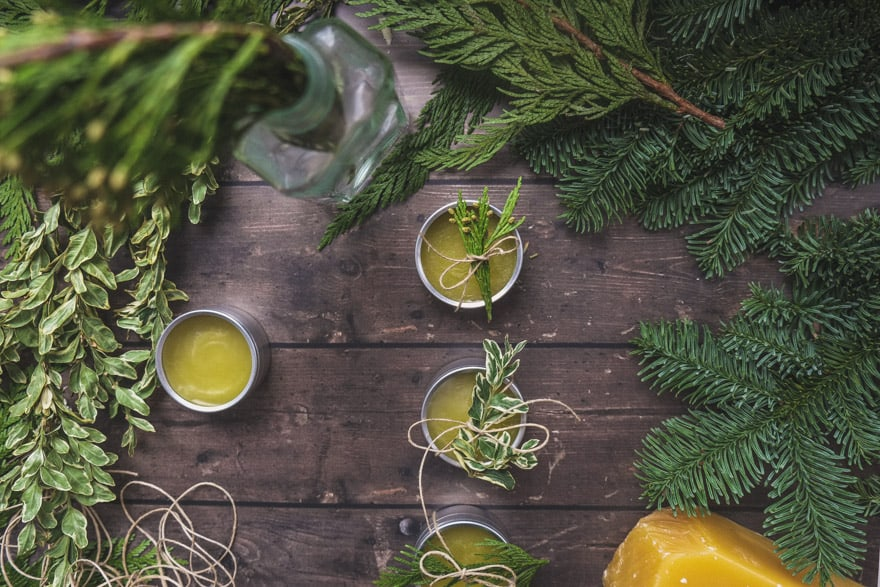 douglas fir and orange DIY body balm. Easy holiday gifts. #DIY #gifts
