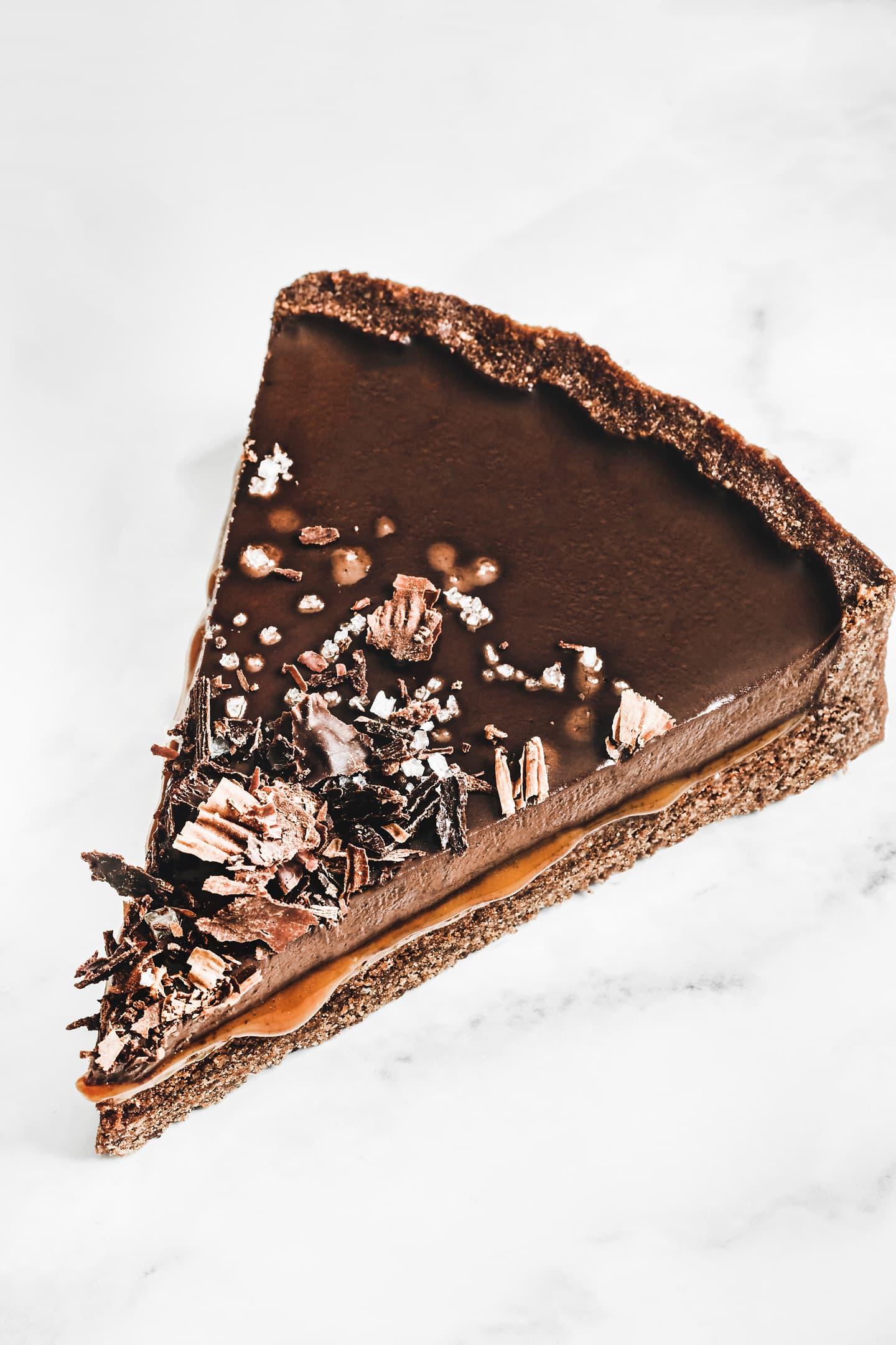 Best salted caramel chocolate tart