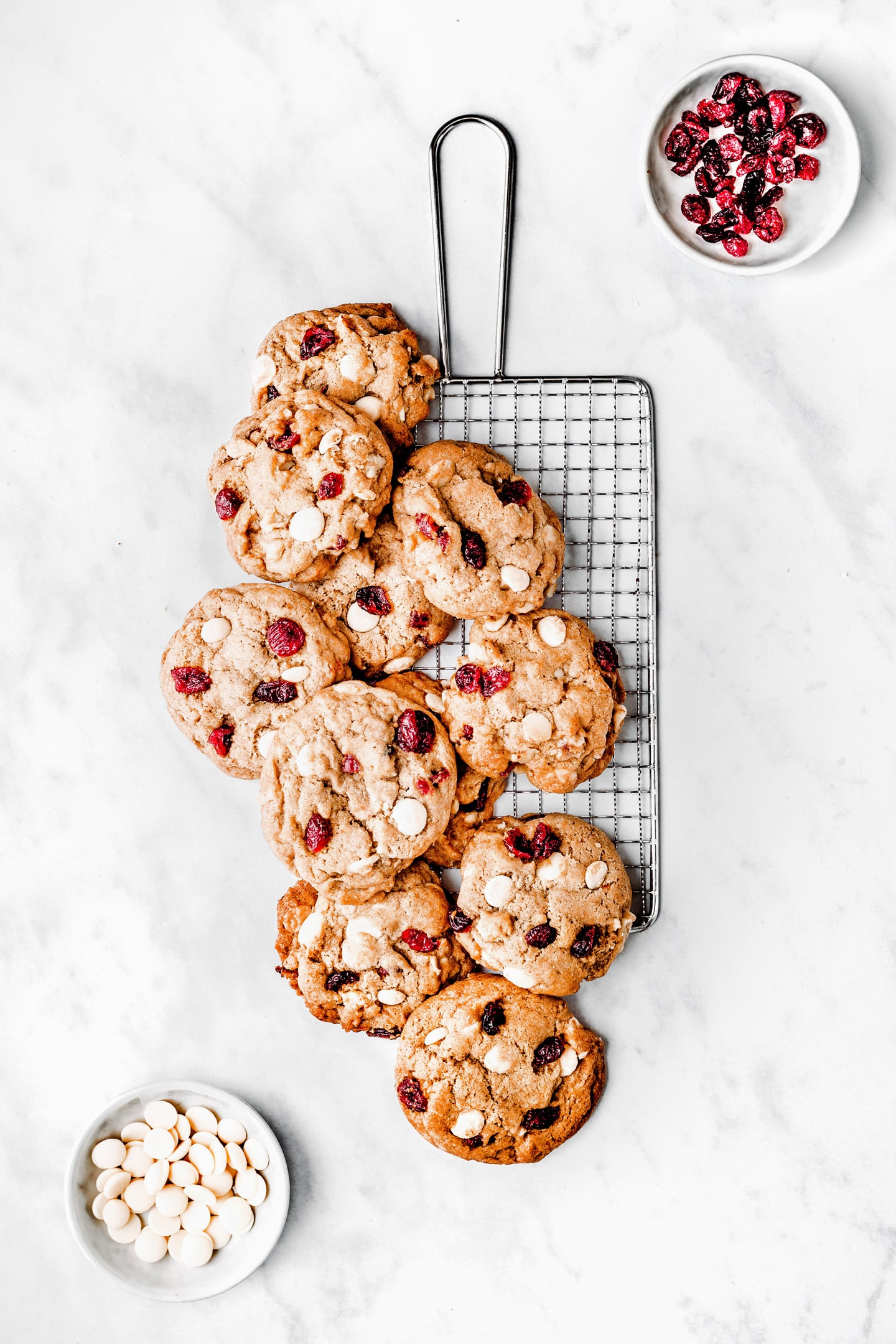 Cranberry withe chocolate cookies