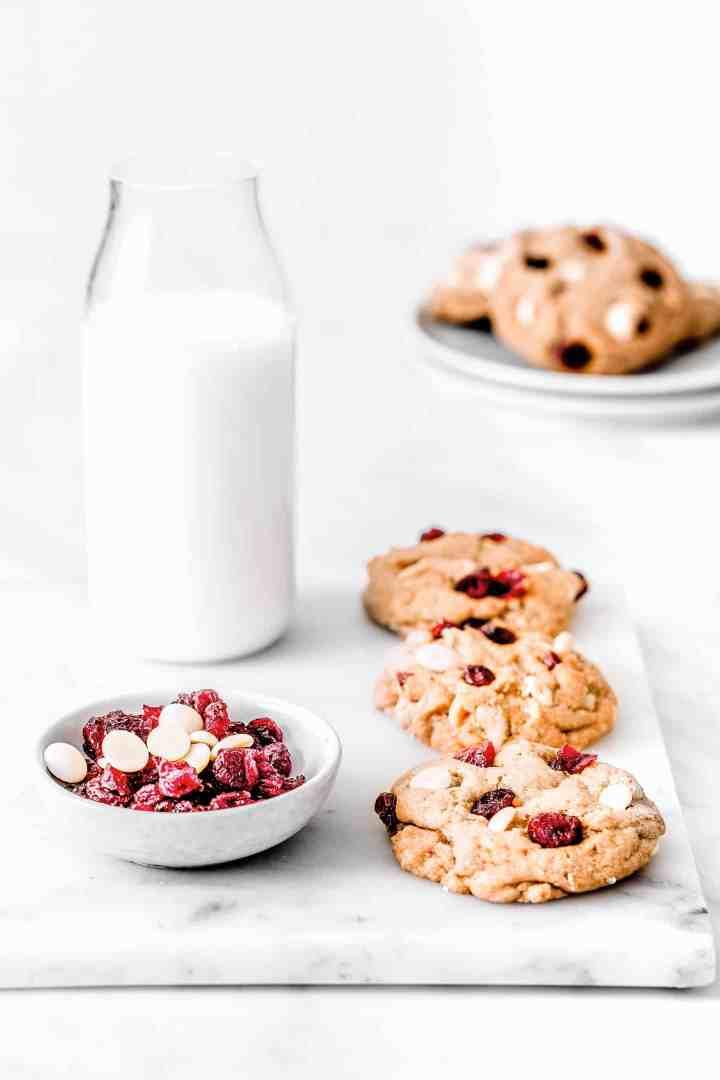 Recette facile des cookies chocolat blanc cranberries