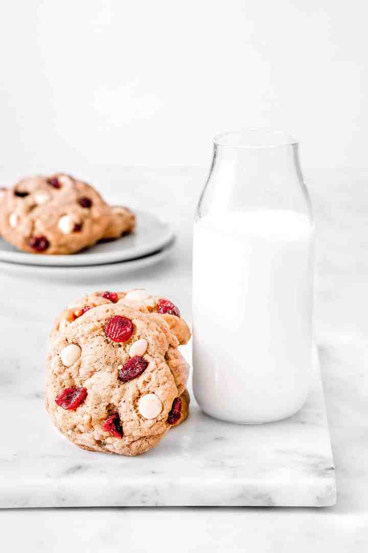 Easy recipe for white chocolate cranberry cookies