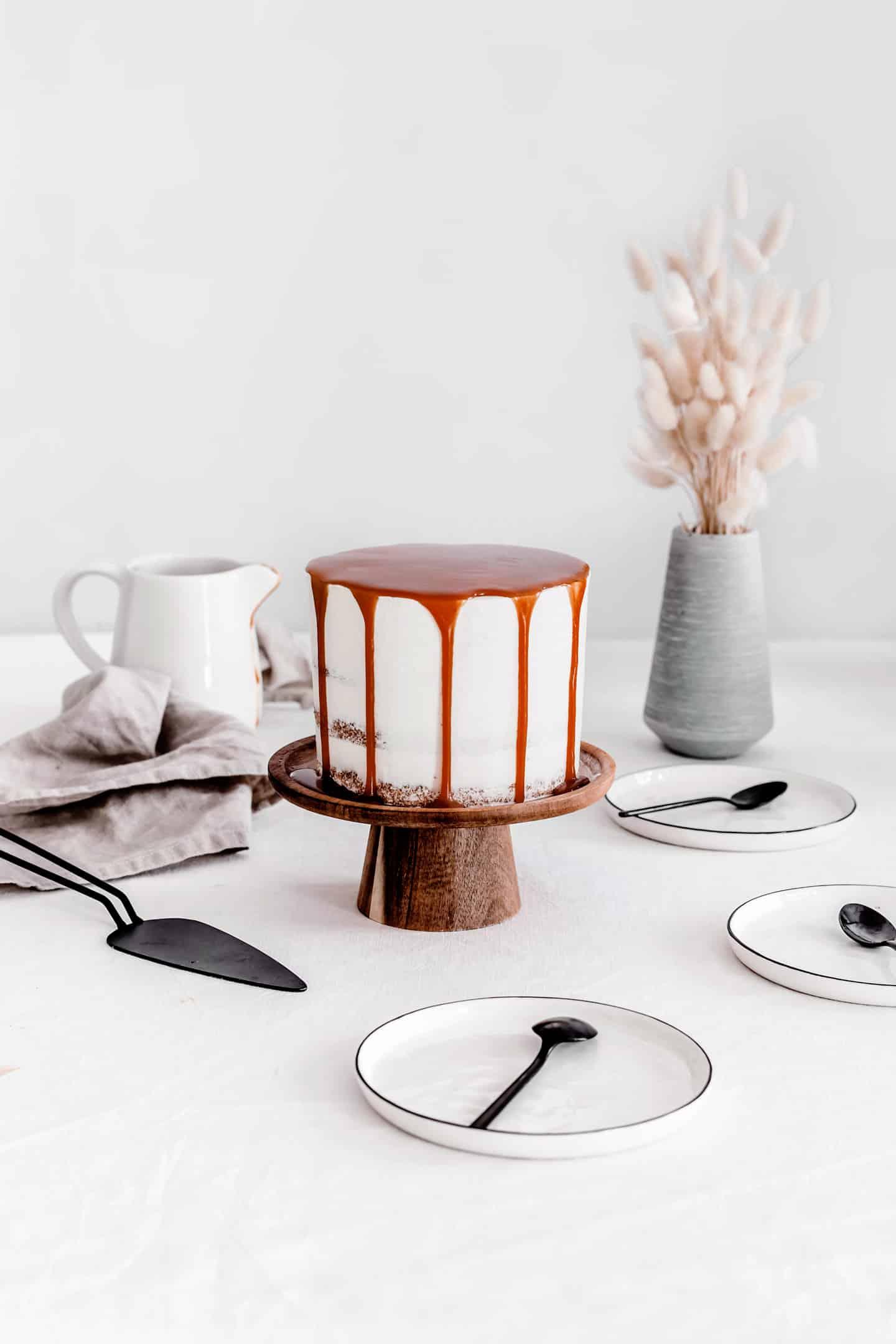 Layer cake vanille caramel