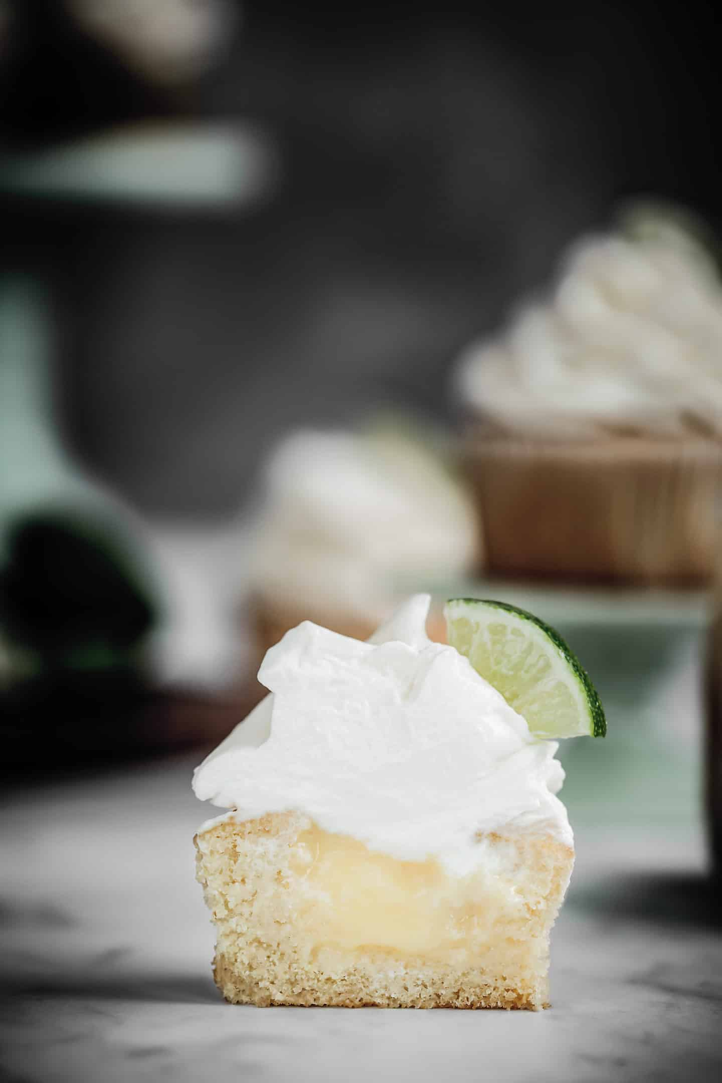 Cupcake lemon curd citron et chantilly