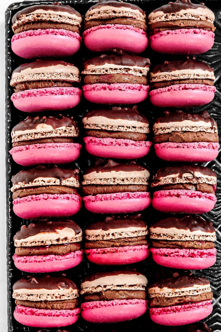 Easy raspberry macarons recipe