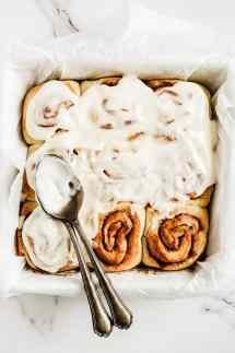 Cinnamon rolls brioches roulées à la cannelle