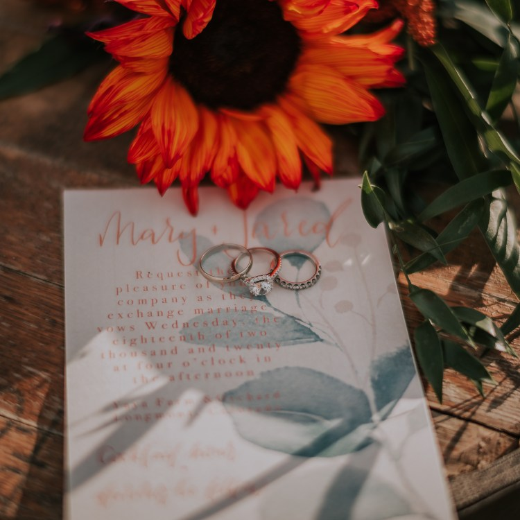 You have to love detailed ring shots. I usually see ring shots against flowers or other bridal accessories. I loved seeing this detailed ring shot against my stationery. So stunning! 😍