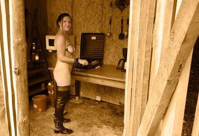 Kitchen-slave