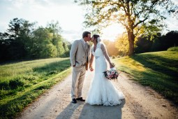 summer wedding at sweet meadow