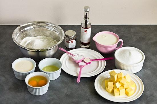 Gluten free vanilla cream cupcake ingredients