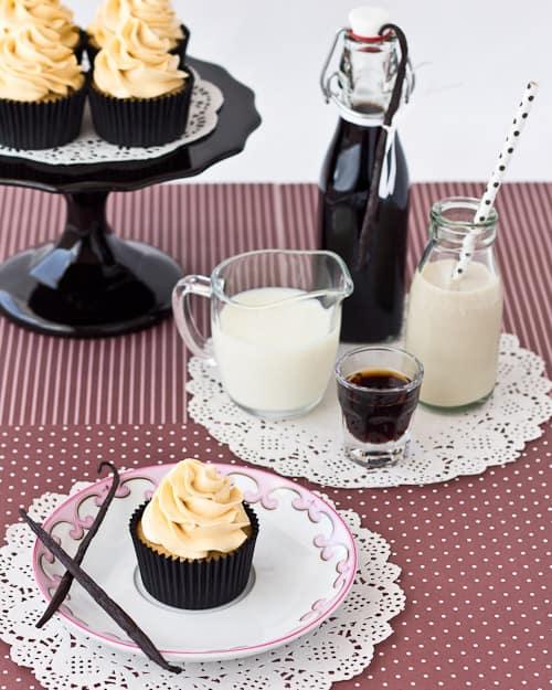 Vanilla Bean Kahlua Cupcakes