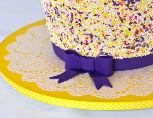 Doily Cake Board