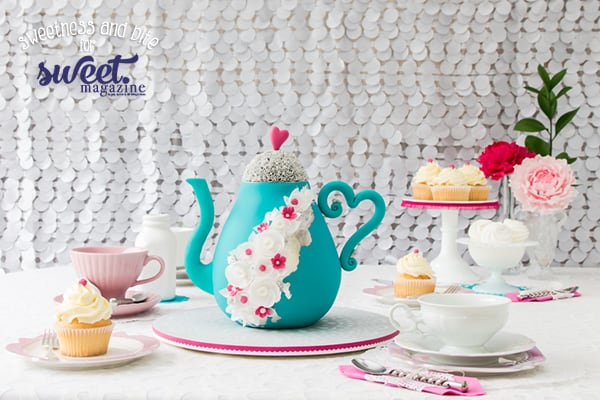 Simple Stenciled Cake Board Tutorial ~ Sweetness and Bite