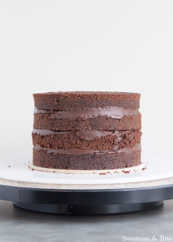 How to Ganache a Cake Filling cake layers
