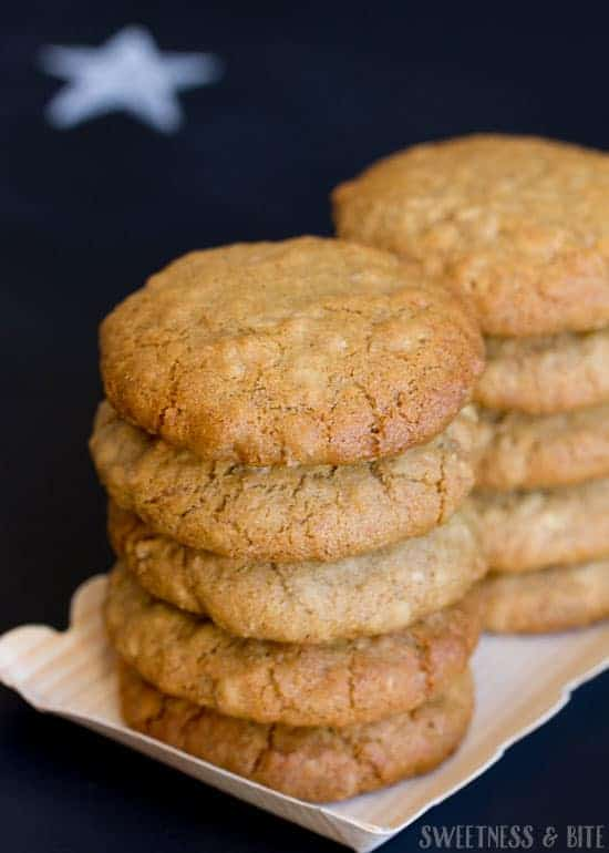 Gingerzac Biscuits - A delicious cross between two classics: the Anzac Biscuit and the Gingernut.