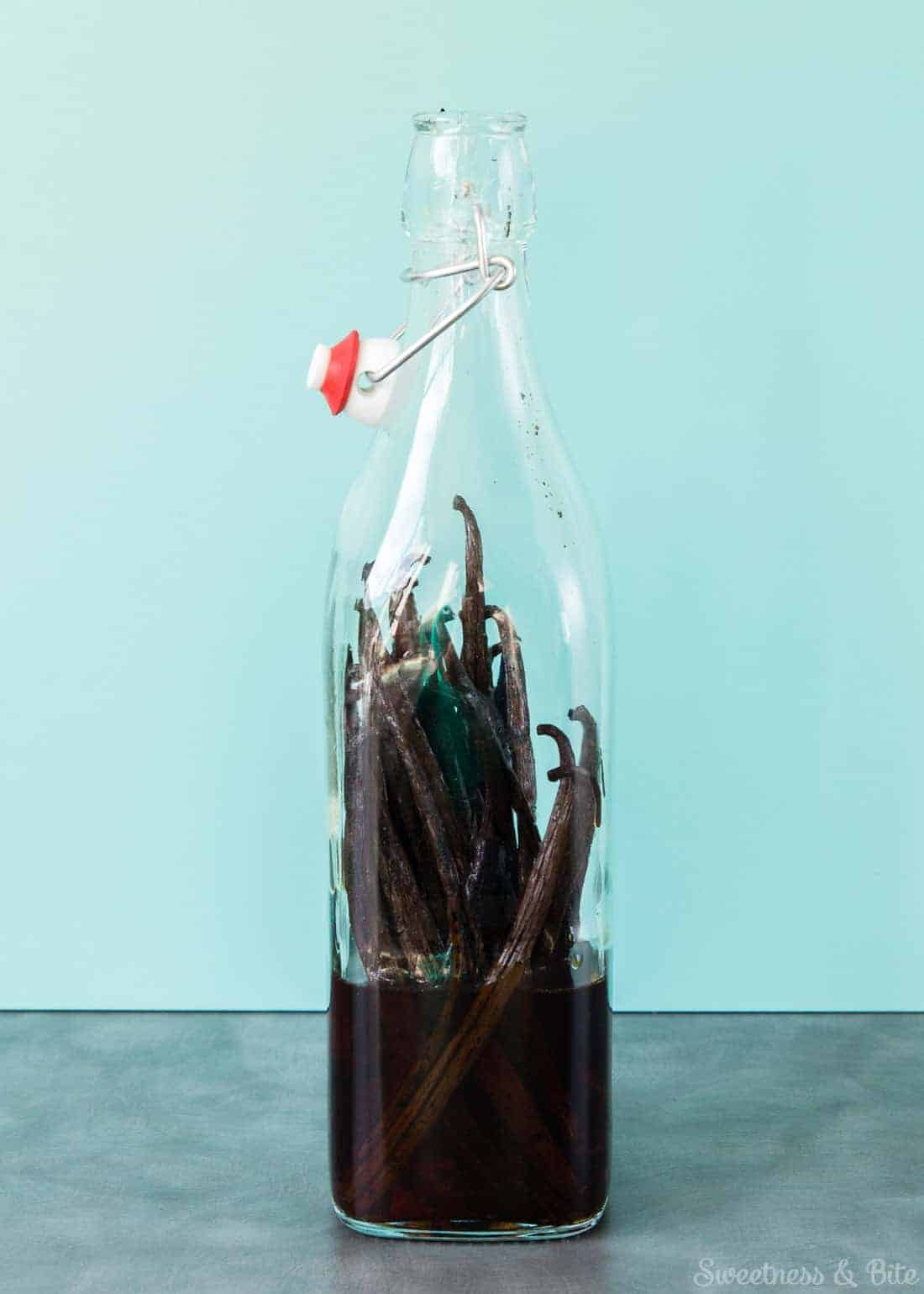 Homemade Vanilla Extract - Classic vanilla extract with a twist ~ Sweetness & Bite