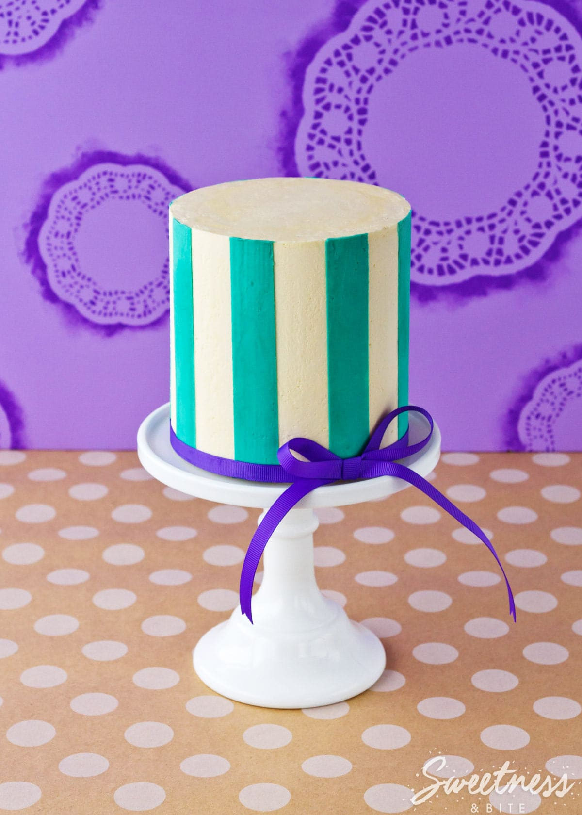 buttercream-stripes-tutorial-part-two-featured-image